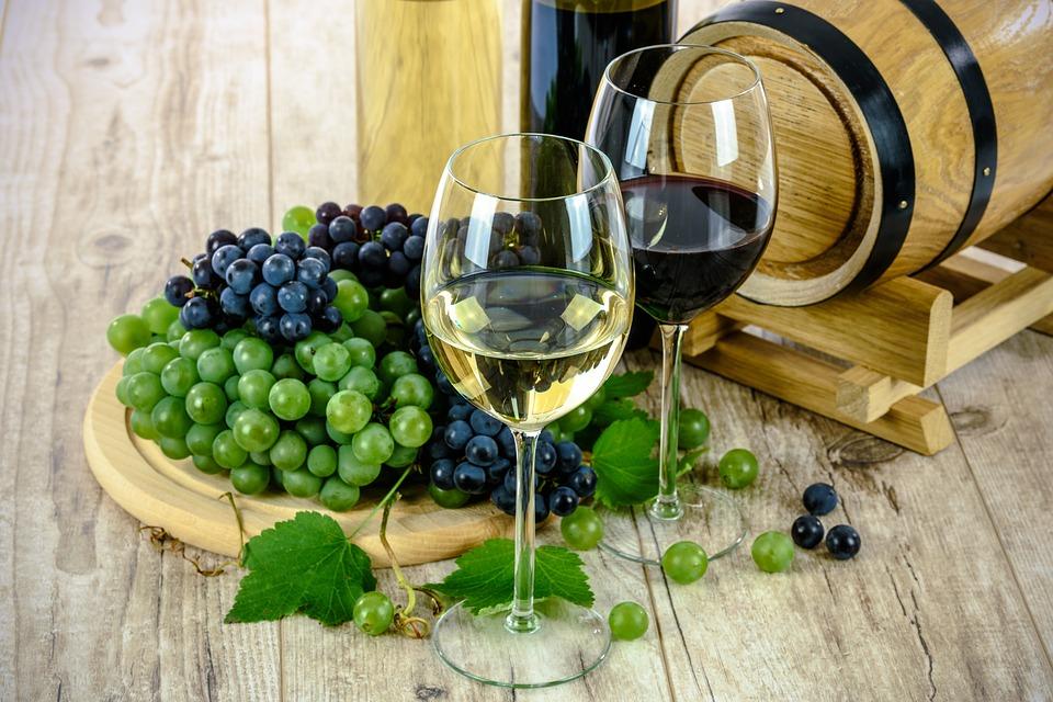 vin blanc vin rouge raisins